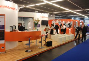smith-nephew-custom-exhibition-stand-760x520